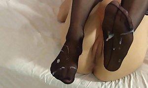Lelulove stockings footjob all round jizz flow