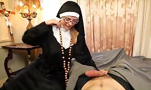 Sister tickle halp me