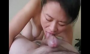 1.671001 chinese milf cheats respecting detach from boyfriend[1]