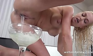 Wetandpissy - lena be in love with results