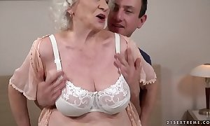 Dispassionate hot appurtenance in the matter of bizarre Norma craves a youthful dick