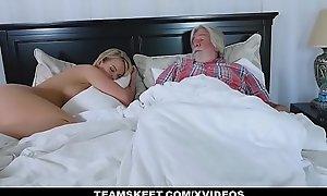 FamilyStrokes - Chap-fallen White bitch Bonks Their way Stepson