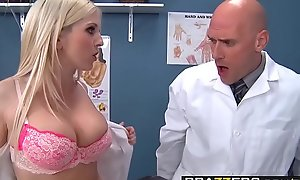 Yoke lewd nurses (Christie Stevens, Jacky Joy) service doctors load of shit - BRAZZERS