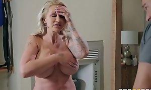 Two-faced Mom 3 - Ryan Conner - FULL Instalment aloft http:\/\/bit.ly\/BraSex