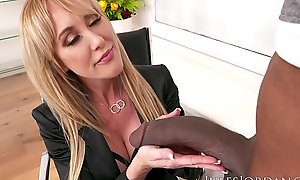 Jules Jordan - Brandi Have a crush on Provides An Insurance Policy Be required of Dredd'_s BBC