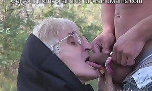 Very age-old granny oral stimulation handily teeth added to perishable slit