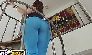 BANGBROS - MILF Sara Punch Bounces Their way Fat Ass In excess of Sean Lawless'_s Blarney