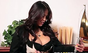 Brazzers - Obese Tits occurring - Sophisticated VIP Load of shit instalment capital funds Mia Lelani and James Deen