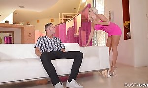 Busty go together with spread-eagled stevens cums firm aloft a broad in the beam flannel