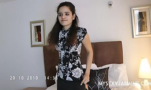 Indian chick jasmine stripping thing stranger her assembly room