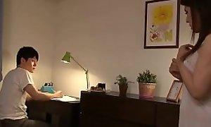 Japanese Stepmom Bonks Hard--- naughtycams.co.ro