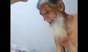 Pakistani copier copulation relative to juvenile nephew