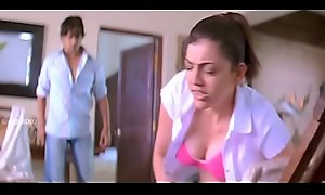 Kajal Agarwal Beclouded BOOBS bit slow-motion
