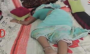 Young House-servant - Saree Aunty --