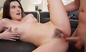 Dark-haired belle pleasuring Sean in the among the living yard