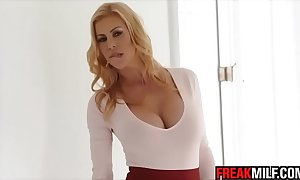 Staggering milf alexis fawx squirts all  quinn wilde element with an increment of kitchen garden ejaculation